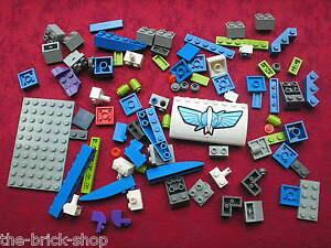 Lot-de-pieces-LEGO-TOY-STORY-pour-le-set-7593-Buzz-039-s-Star-Command-Spaceship