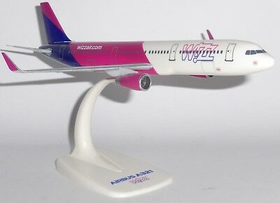 Air Seychelles Airbus A330-200 PPC 1:200 Scale Plastic Snap Fit Model
