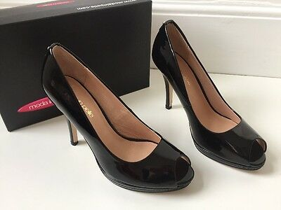 d3d2d21088f4 MODA IN PELLE FAUX LEATHER BLACK PATENT COURT SHOES PEEP TOE VEGAN SZ 7