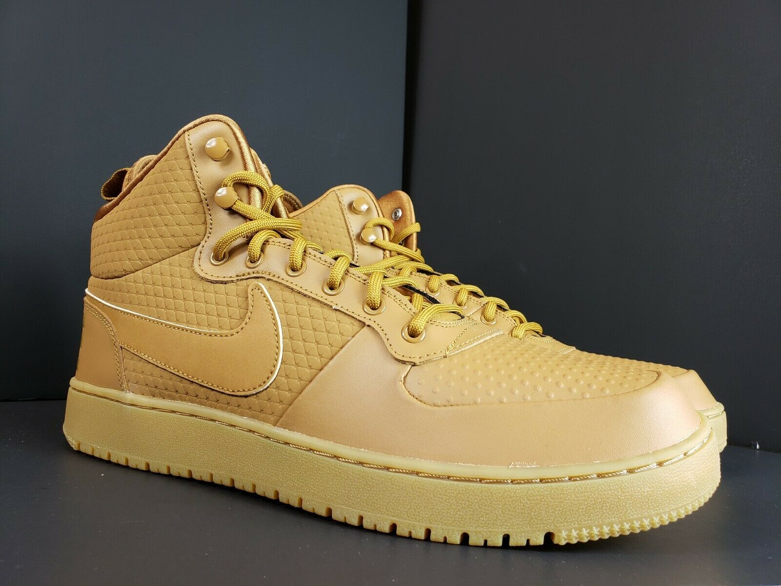 Men's Nike Court Bgoldugh Mid Winter Item Number AA0547-700 Size 12 Wheat
