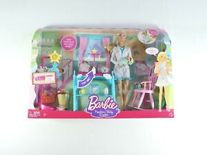 BARBIE-Newborn-Baby-Doctor-deluxe-set-2-Babies-2008-Mattel-I-Can-Be-SEALED-uo