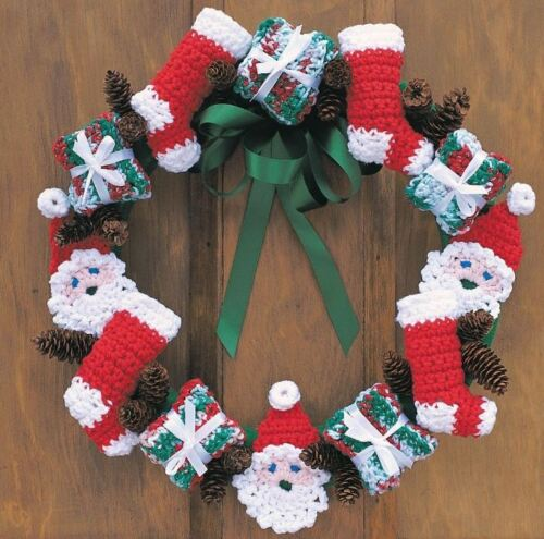 Christmas Wreath   Xmas Decoration Crochet PATTERN