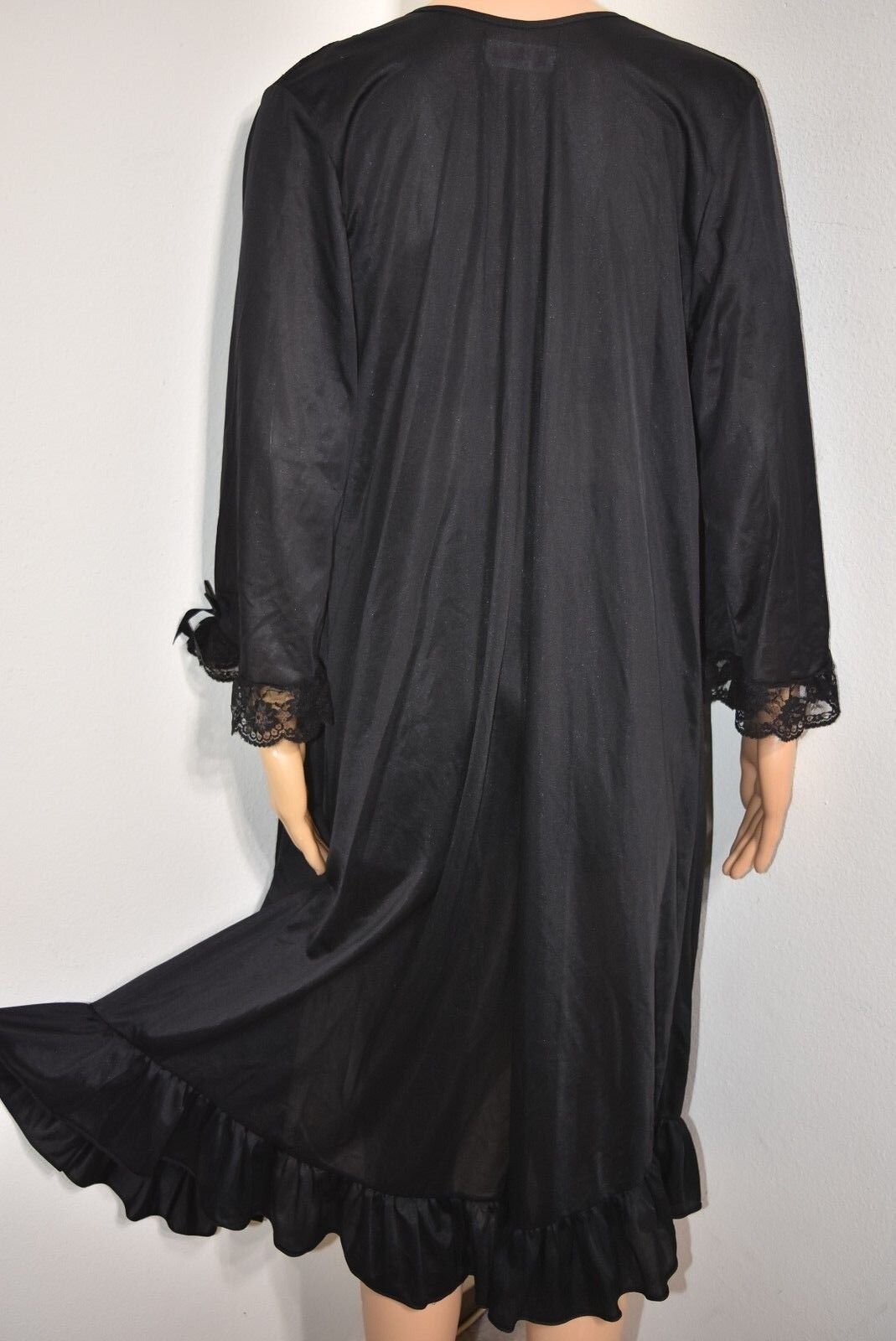 Vtg Peignoir Robe Embroider Floral lace black Ruf… - image 6
