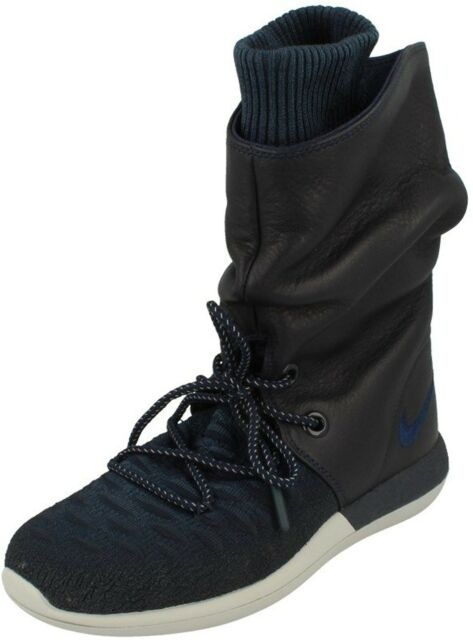d0259f91a7481 Womens Nike Roshe Two Flyknit Trainers BOOTS UK Size 6 Navy for sale ...