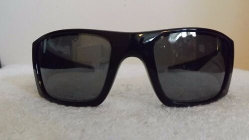 Sunglasses Black Oakley Polarized Oo9096 01 Fuel Polarized Wrap Cell dH1Hvq