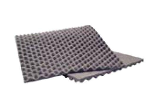 Tachas espuma de aislamiento acústico en vivo seno maletero 90x40x2cm.
