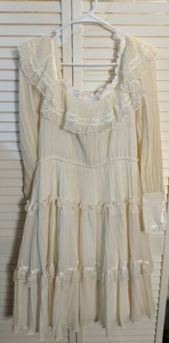 Gunne Sax Cottage Core Frilly knee Length Dress - image 1