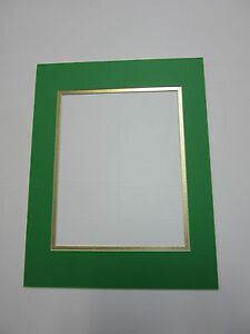 Picture Frame Mat 11x14 For 8x10 Photo Christmas Green And