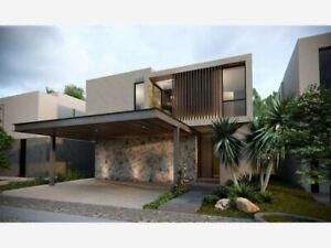 Casa en altozano en venta 3 recamaras cuarto de servicio estudio jardin 3 autos techado s