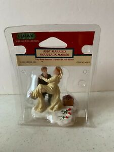 Lemax Village Collection Just Married 42911 Discontinued New