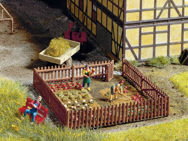 Noch H0 (13070): Fence - Length 91 CM, Height 12 MM