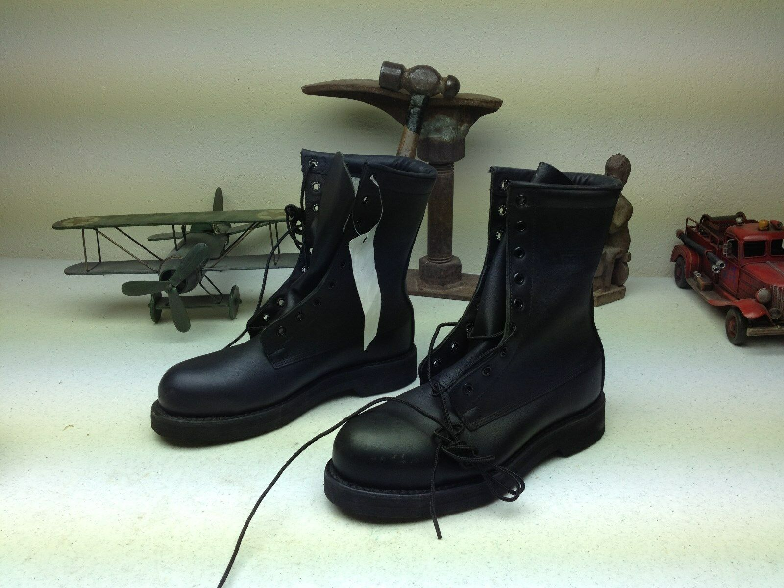 MINT 2004 ADDISON BLACK LACE UP MILITARY COMBAT ARMY BOOTS USA BIKER BOOTS 5.5 W