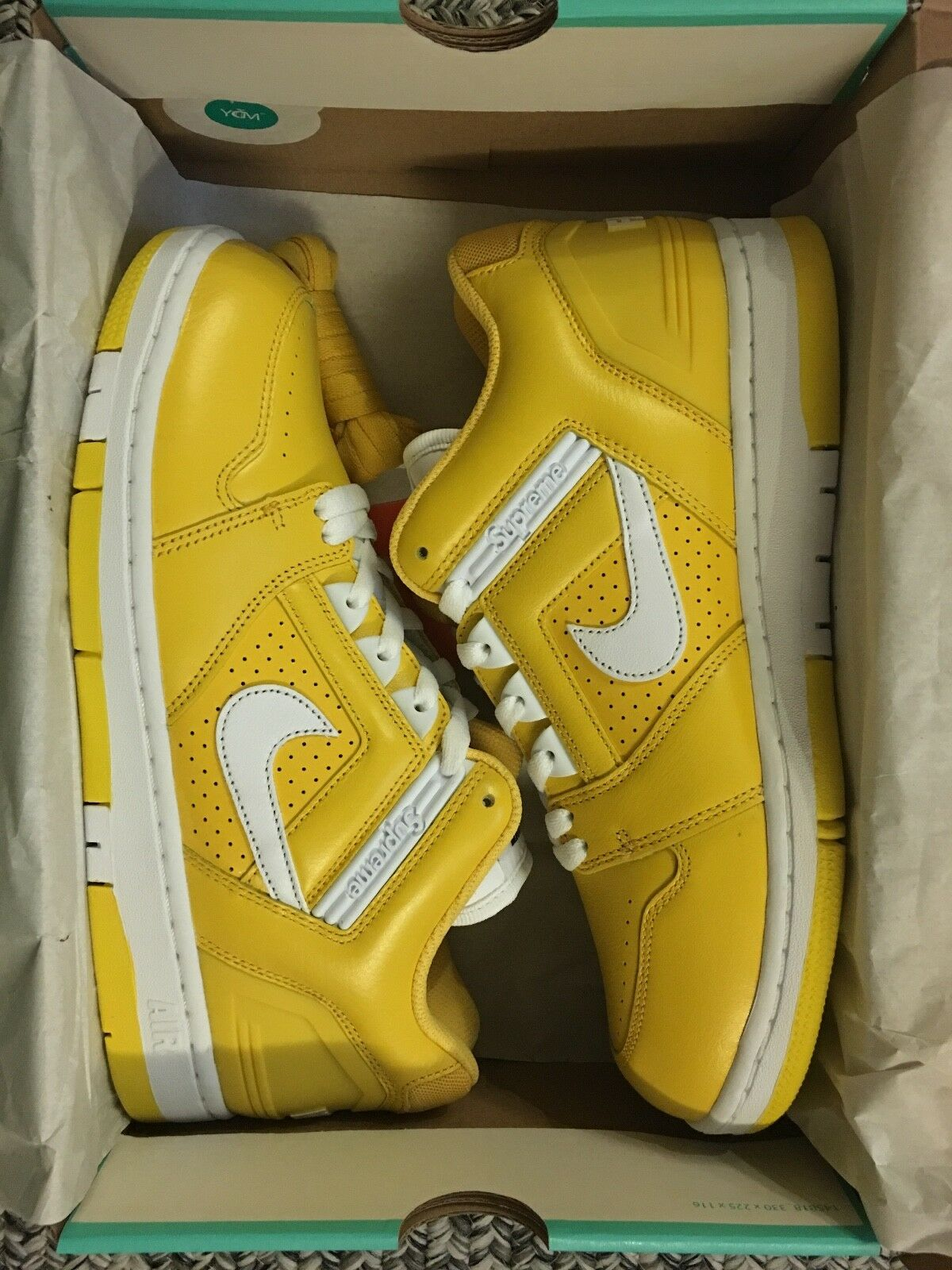 SUPREME SB AF2 LOW SIZE 9.5-Yellow Fall Winter 2017 Week 3 - BRAND NEW