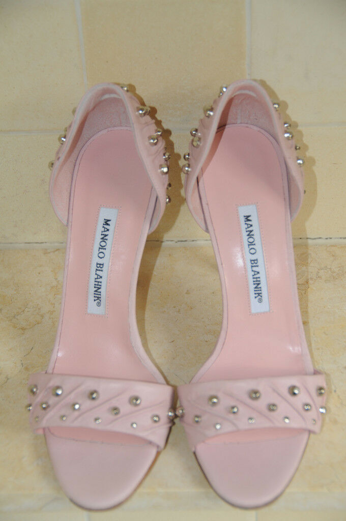 1050 New MANOLO BLAHNIK Pale PINK VOEDENDO STUDS Gromets SANDALS SHOES 37