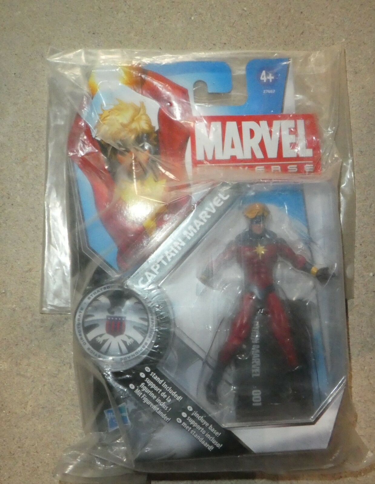 Marvel - comics - universum captain avengers 3,75