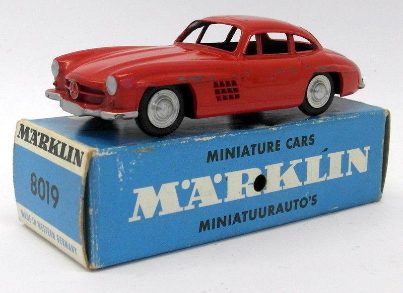 Vintage West Germany Marklin Diecast - 8019 Mercedes 300 SL rouge No Interior