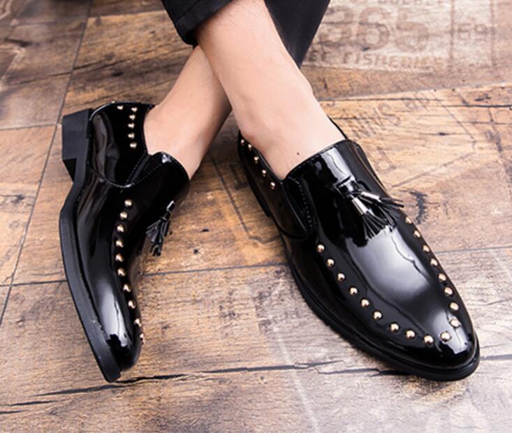 Men's Loafer shoes British Slip On Rivet Tassels shoes Patent Leather Formal