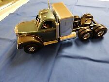 SMITH MILLER B MACK IN SILVER BLUE WITH SLEEPER   CUSTOM TRUCK 1/16 SCALE