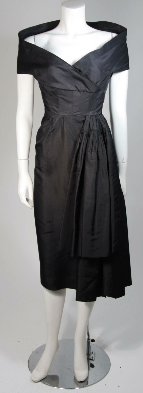 CEIL CHAPMAN  Black Cocktail Dress with Draped De… - image 2