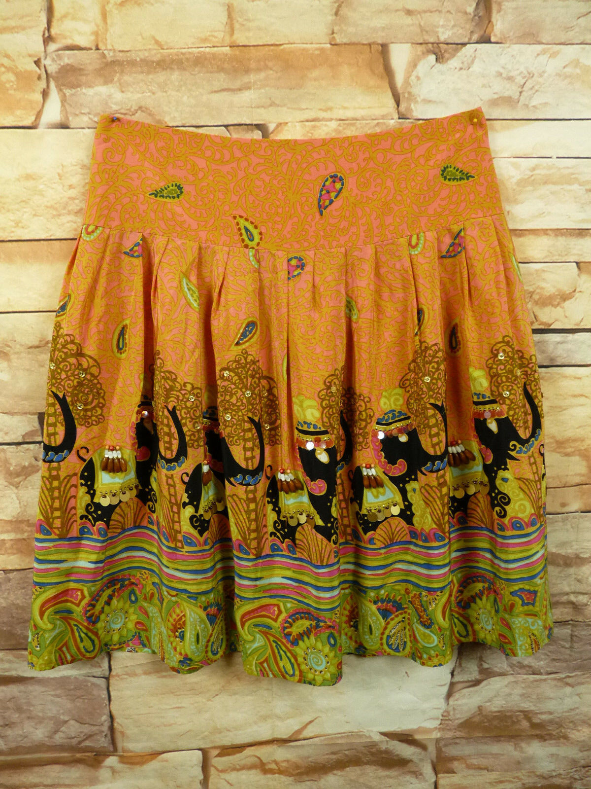 Pleated Nanette Lepore Skirt 100% Silk Size 6 sequins Paisley pink  yellow
