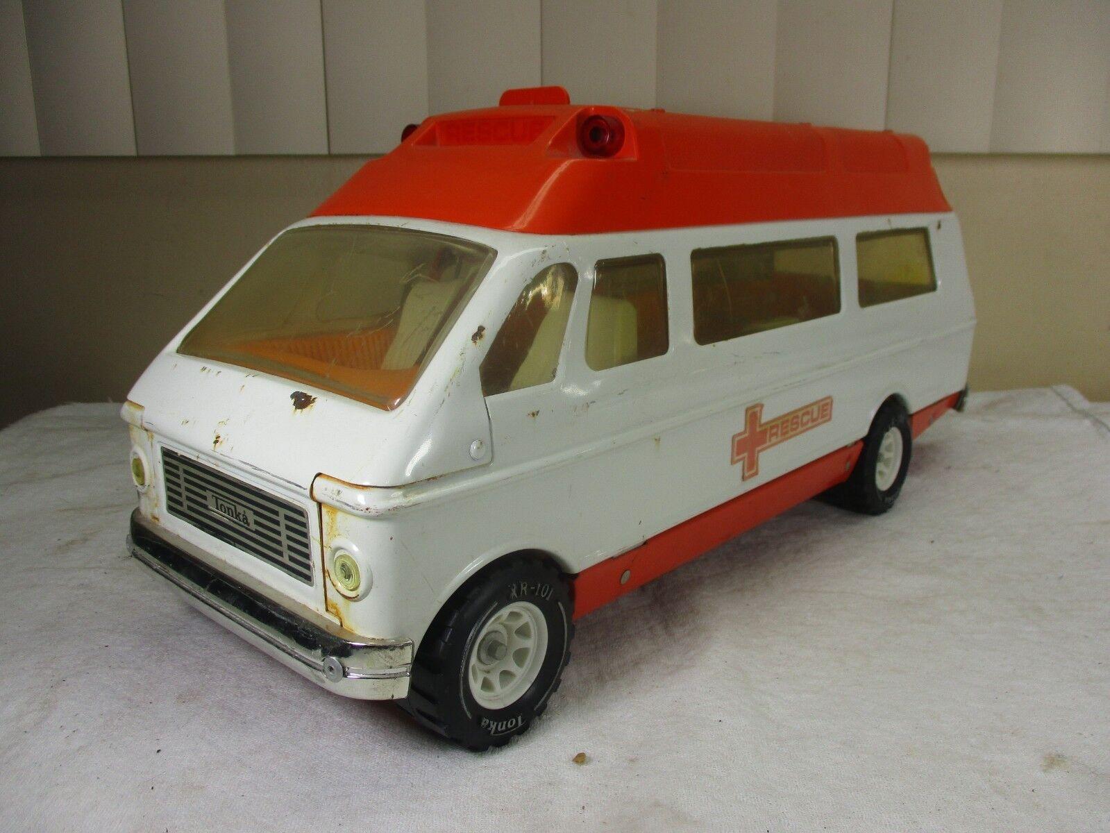 Vtg Tonka Pressed Steel Rescue Emergency Ambulance Van Vehicle & Stretcher 1970s