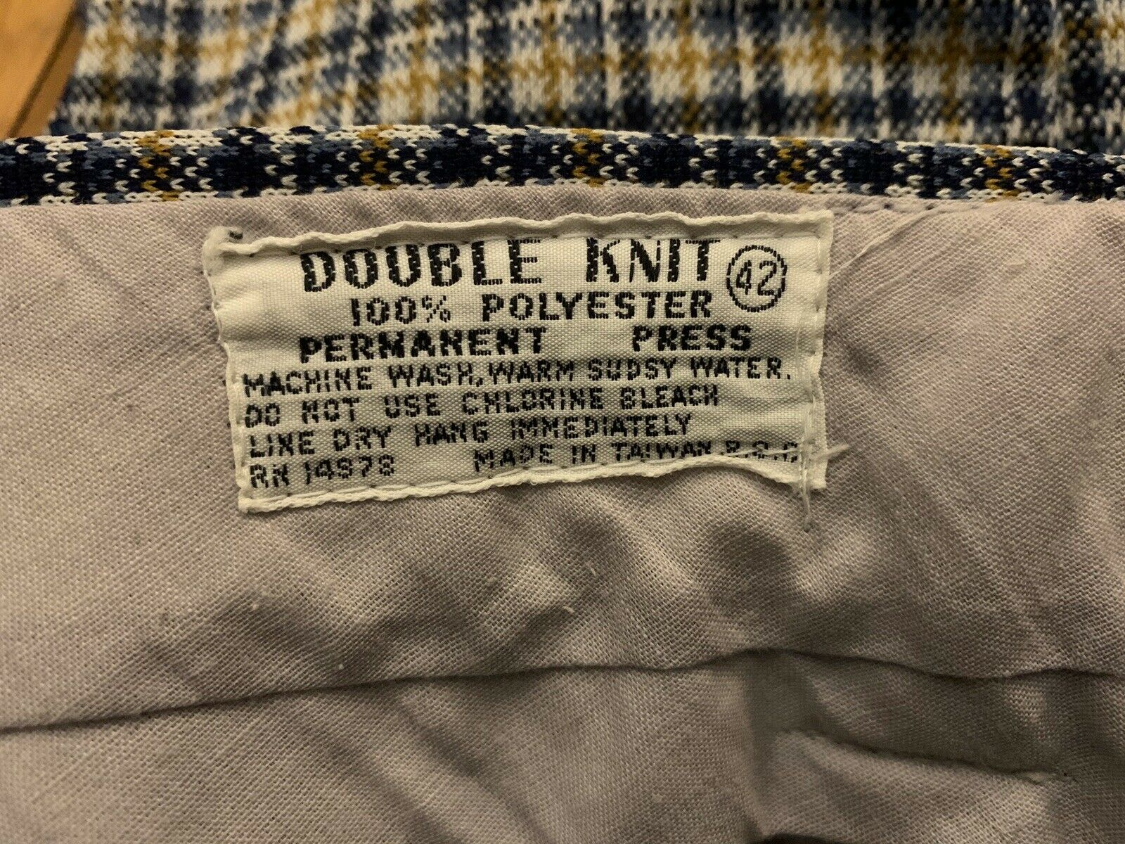 Vintage Tailored Double Knit Shorts, Size 42. - image 3