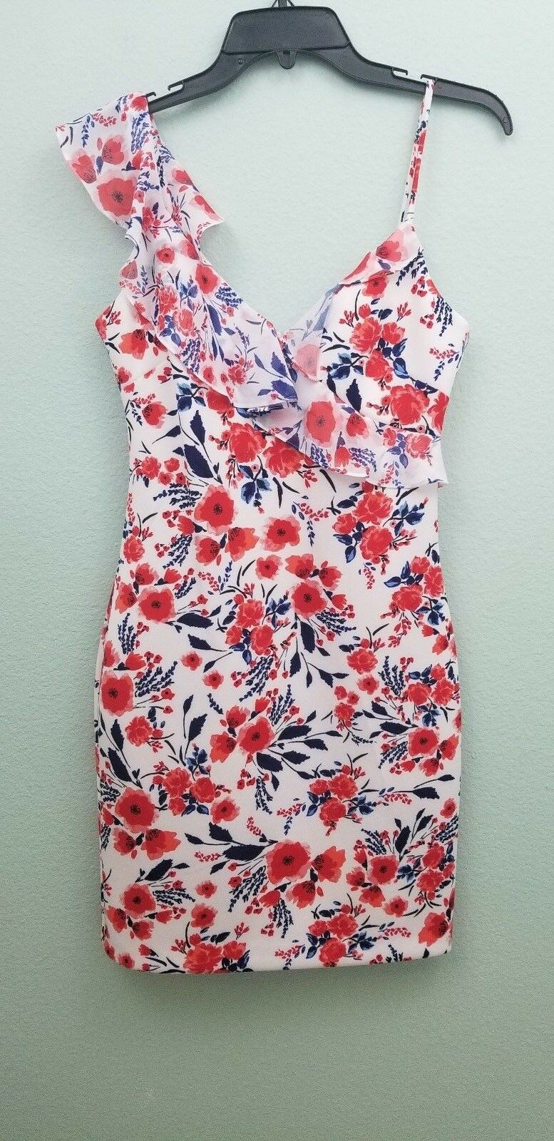 GUESS LOS ANGELES WHITE FLORAL DRESS, SIZE 4, NWT  108