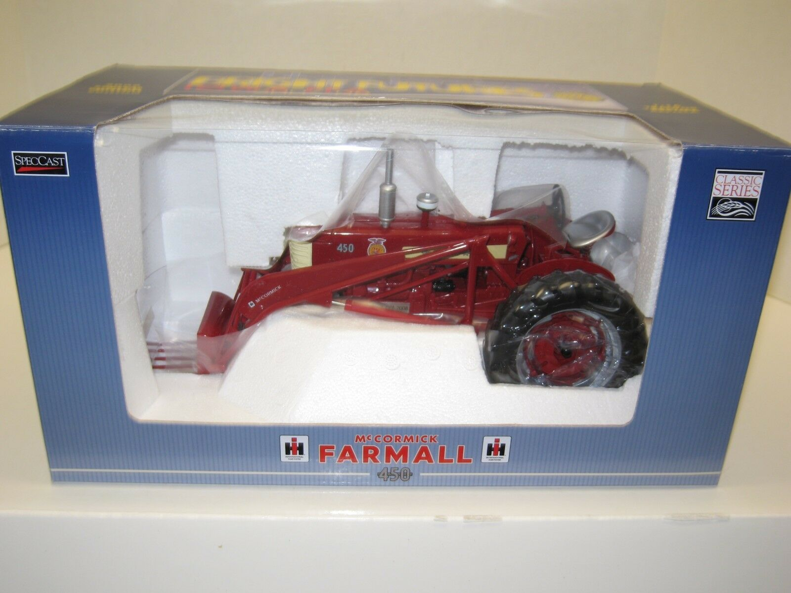 1 16 FARMALL FARMALL FARMALL 450 w A LOADER, IOWA FFA EDITION NIB free shipping b04678