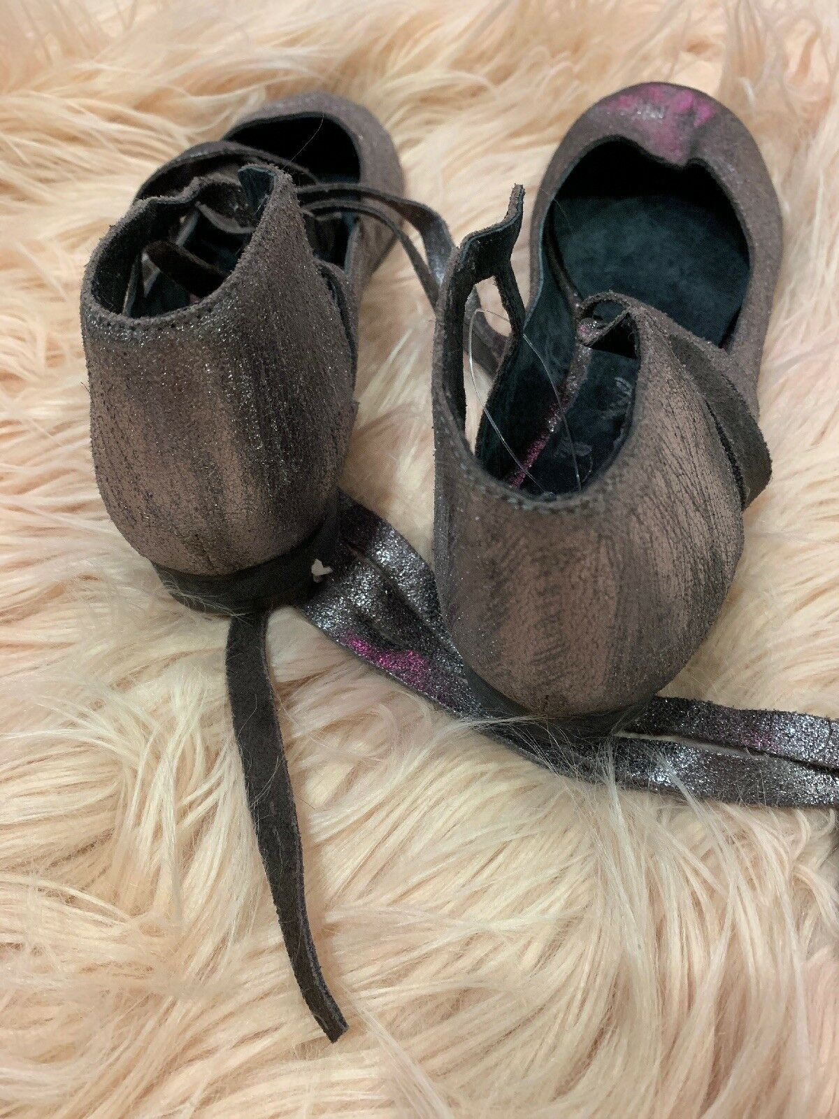 New New New  98 Free People Flat Atlas Silver Metallic Flats Suede Lace Up 37 f2d3a8