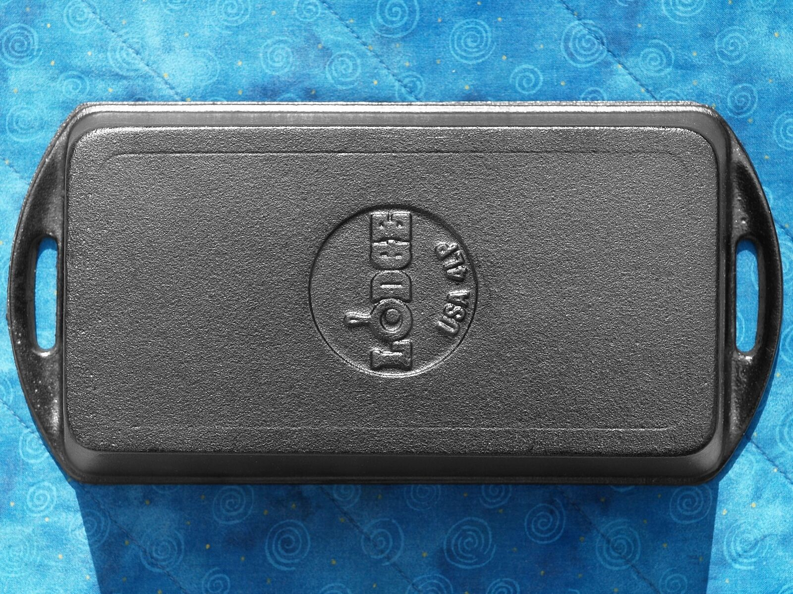 1 Lodge L4LP3 Cast Iron Bread Baking Loaf Pan seasoned FREE SHIPPING meatloaf 4