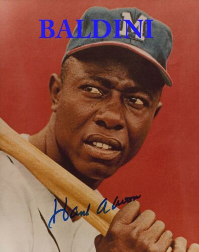 LOOKS GREAT FRAMED GREAT STUDIO SHOT IMAGE HANK AARON SIGNED 10X8 PHOTO