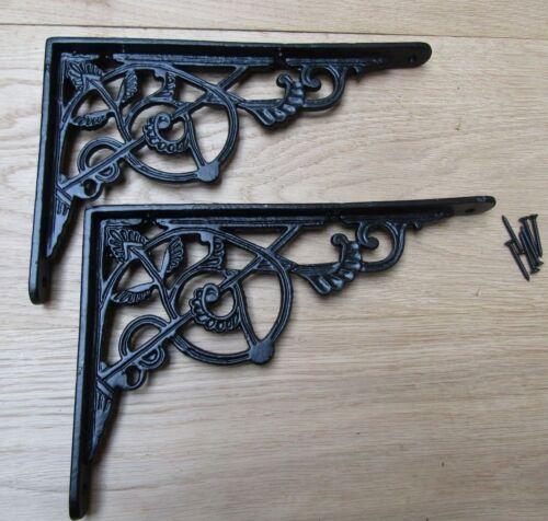 Une Paire de Noir Treillis Fonte Orné Étagère Support Mural
