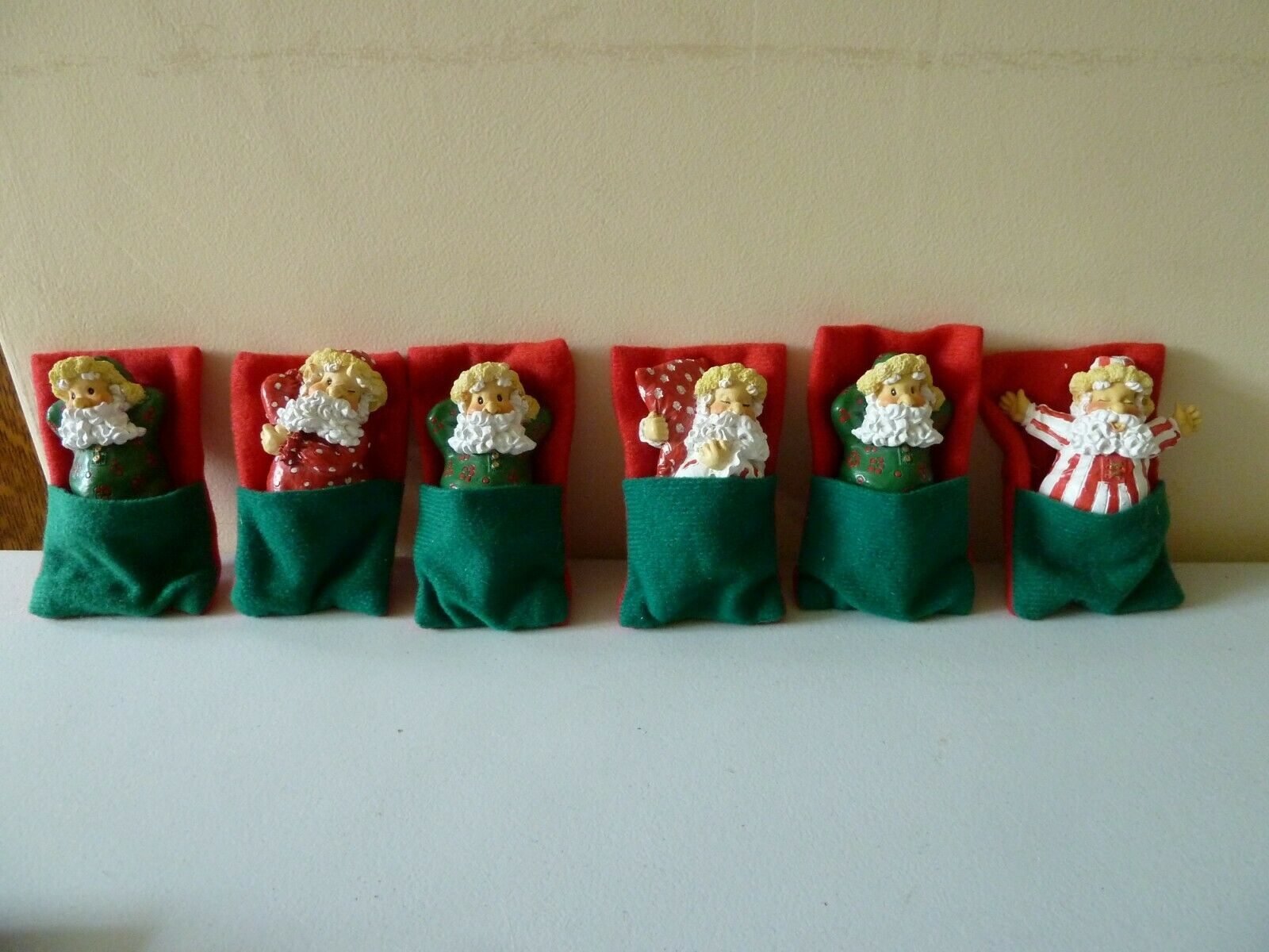 VINTAGE COLLECTIBLE CHRISTMAS SLEEPING SANTA ORNAMENTS BUNDLE - PROP DISPLAY
