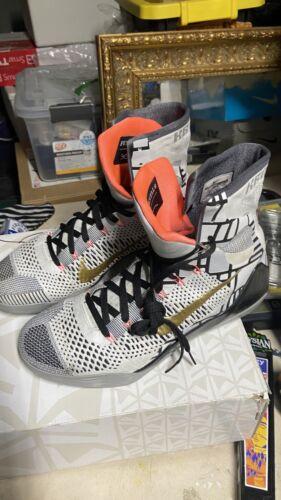 Nike Kobe Bryant With  Box Sz 13