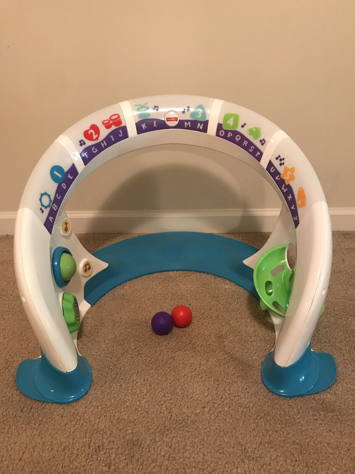 Fisher-Price Bright Beats Smart Touch Play Space Baby Activity Lights Sounds