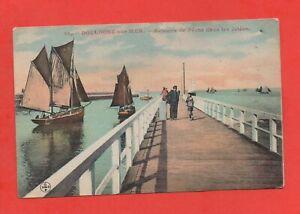 Boulogne-on-Mer-Boats-Fishing-Dans-Les-Piers-J9707