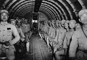 WWII-photo-Chinese-soldiers-in-an-American-DC-3-transport-aircraft-during-a-69z