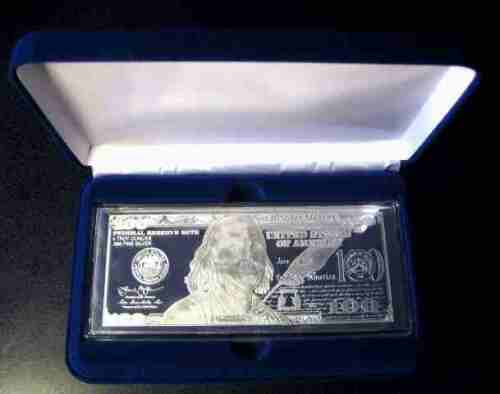 VELVET GIFT BOX FOR A  4oz SILVER  BAR ~ NICE PRESENTATION FOR A CURRENCY BAR !!