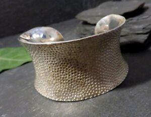 Imposanter-925-Sterling-Silber-Armreif-Armspange-NA-Kerben-Muster-Konkav-Massiv