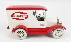 Metal-Die-Cast-Coin-Bank-1-25-1923-Chevrolet-Delivery-Super-Valu-Red-White-ERTL