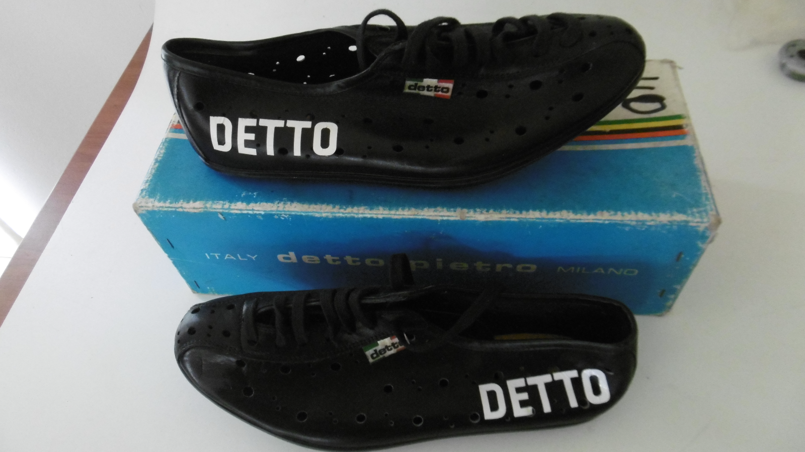 DETTO PIETRO Cycling Shoes 1 Pair  Europa Size 40 New In Box