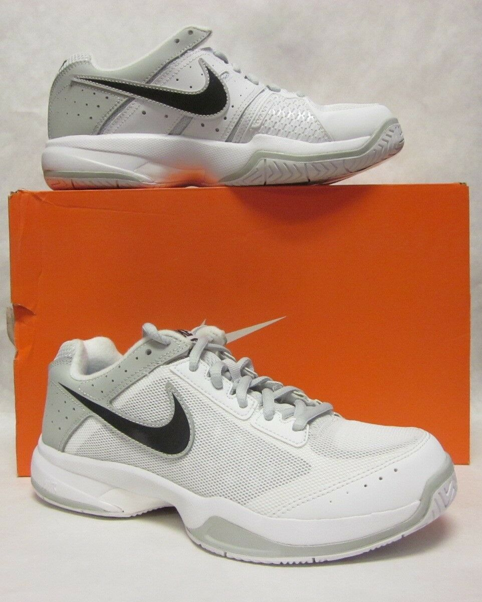 Nike Womens Air Cage Court  White Sneaker - size 7.5