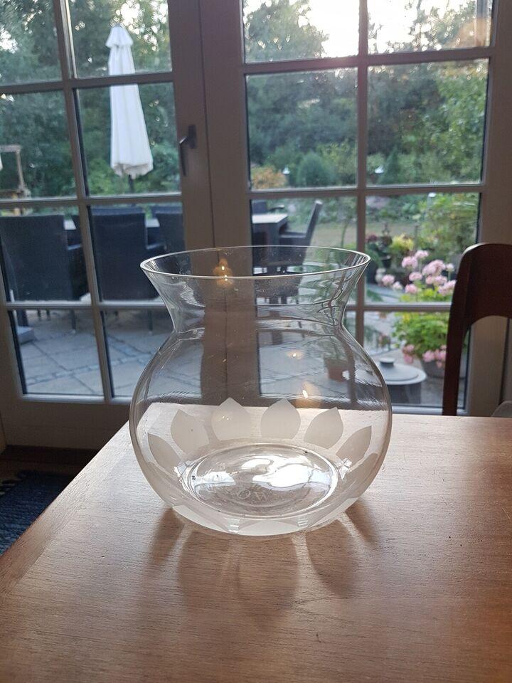 Vase, Bering vase, Bering