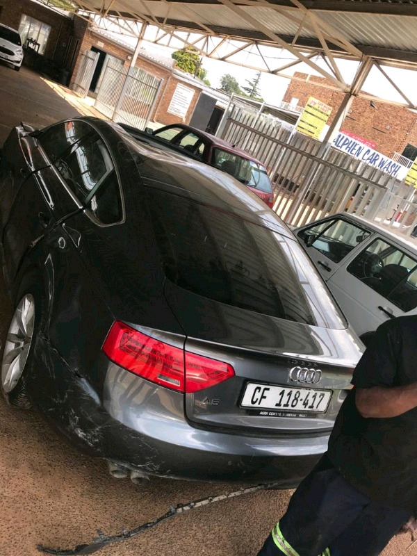 Audi A5 2.0TDI Auto stripping for spare parts