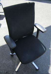 Haworth-Comforto-ergonomischer-Buerodrehstuhl-Stoff-Baumwolle-Office-Chair-K101
