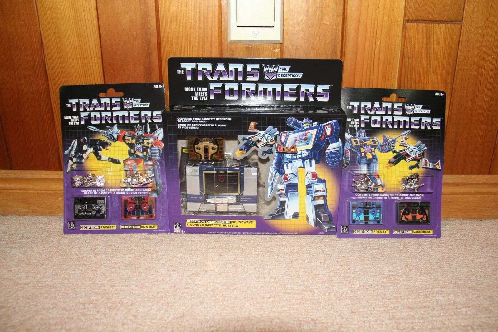 Transformers G1 Soundwave & ALL CASSETTES Walmart Exclusive