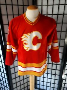 Calgary-Flames-CCM-Maska-Hockey-Jersey-Red-Yellow-And-White-Men-039-s-Size-small