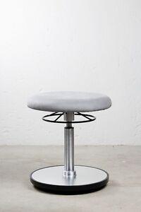 Loffler-Sitzhocker-Burohocker-EF-9150-grau-Microfaser-42-57-cm