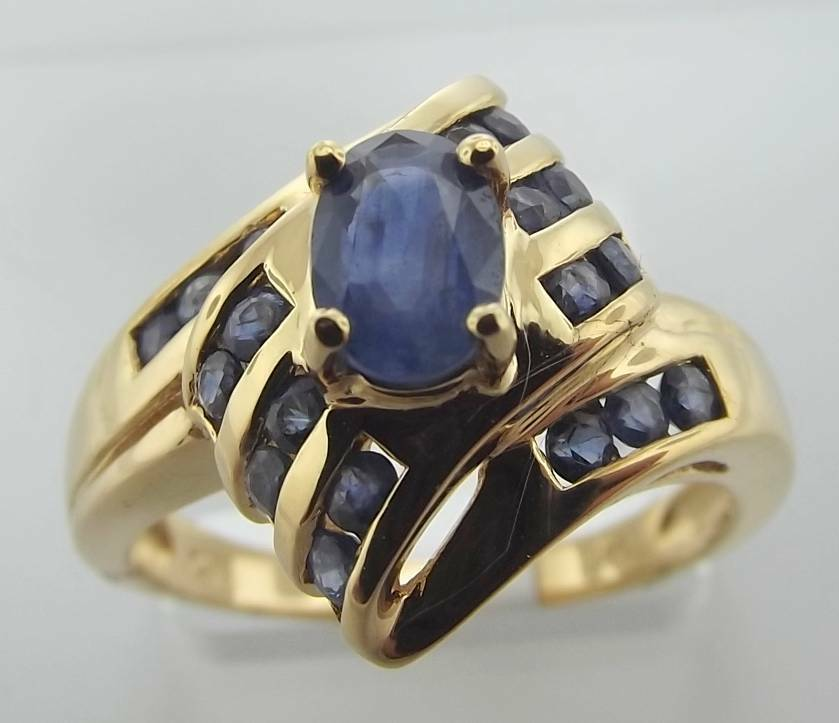 14KT YELLOW gold 1.31CTTW  blueE SAPPHIRE CLUSTER RING SIZE 7 (89R 140-10160)