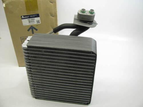 Auto 7 703-0092 A//C Evaporator Core For 2007-2009 Kia Sorento